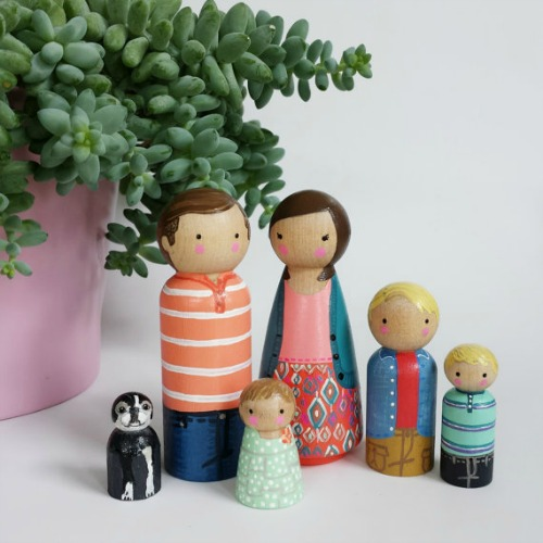 peg and plum family