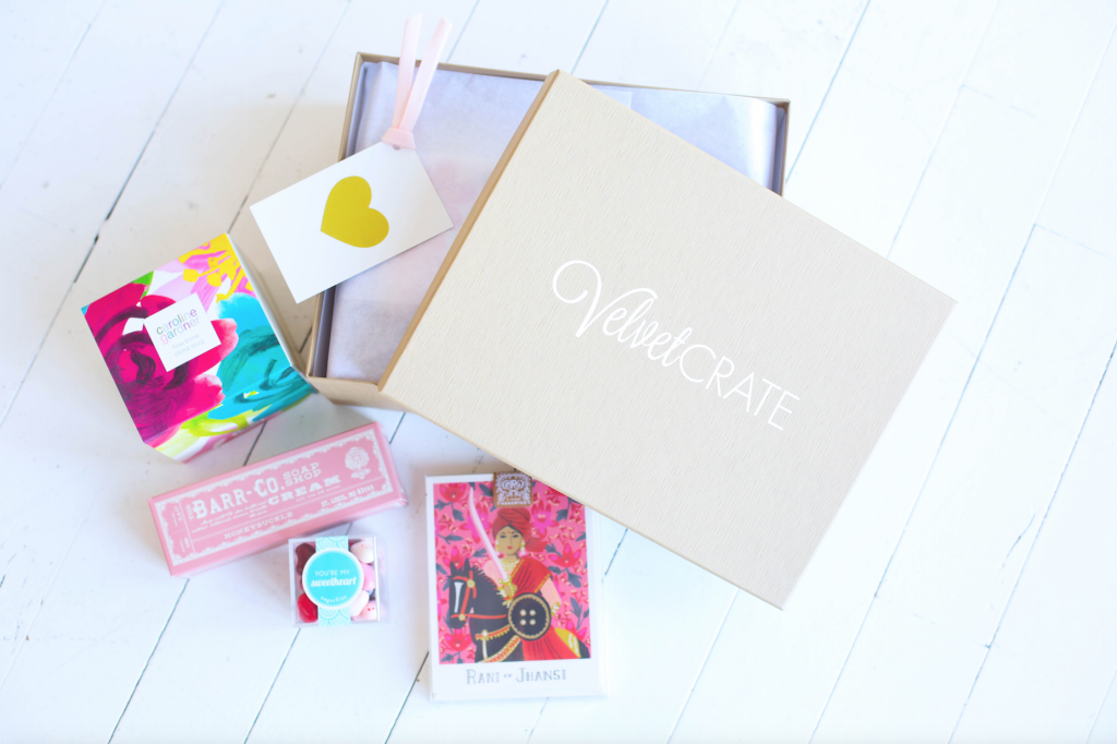 Winter-VelvetCrate-Love-Valentine-gift-gifts-to-send-for-her