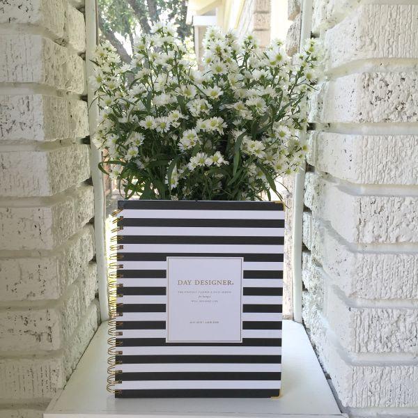 day designer with flower