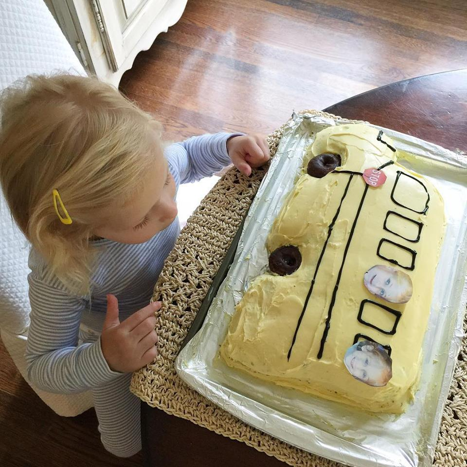 school bus cake, back to school