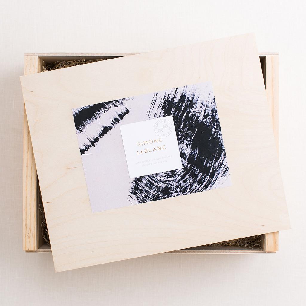 simone le blanc, gift box, corporate gift idea,