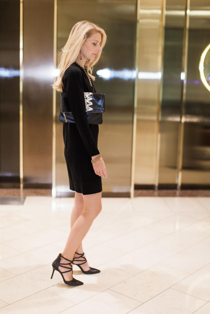 marais tote, dallas fashion blogger, travel tote, leather, august califronia, fold over clutch