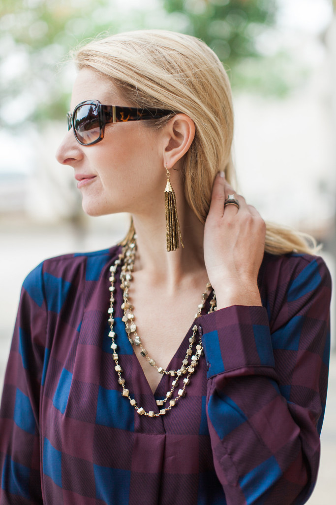 dallas fashion blogger, tassel earrings, holiday gift guide, holiday cocktail