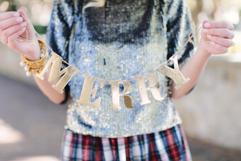 gold sequin, dallas blogger, holiday style, holiday party, new year's eve outfit