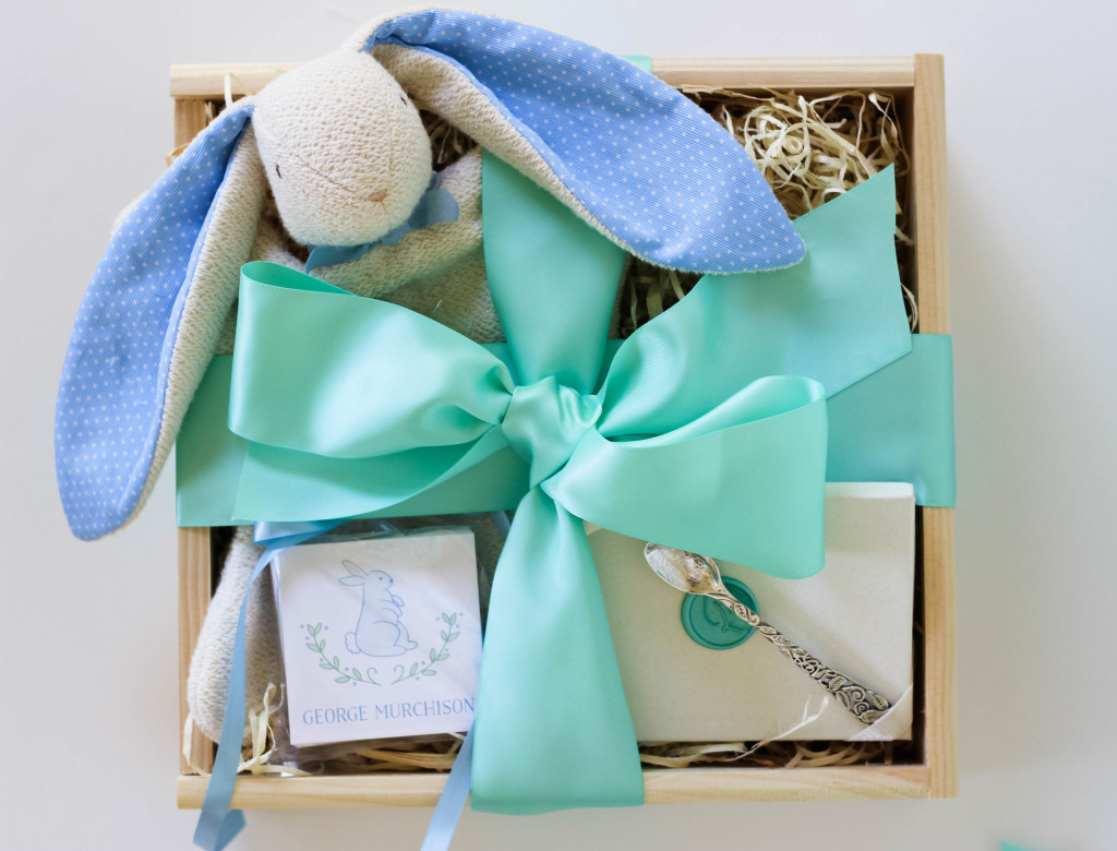 heirloom baby gift, keepsake baby gift, baby gift crate,