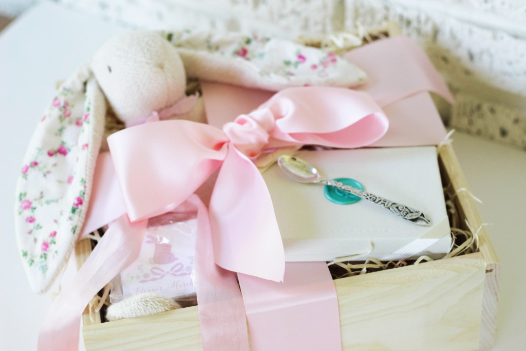 baby gift idea, heirloom baby gift, gift box, keepsake baby gift