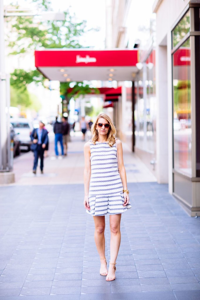 blogger in sail to sable dress
