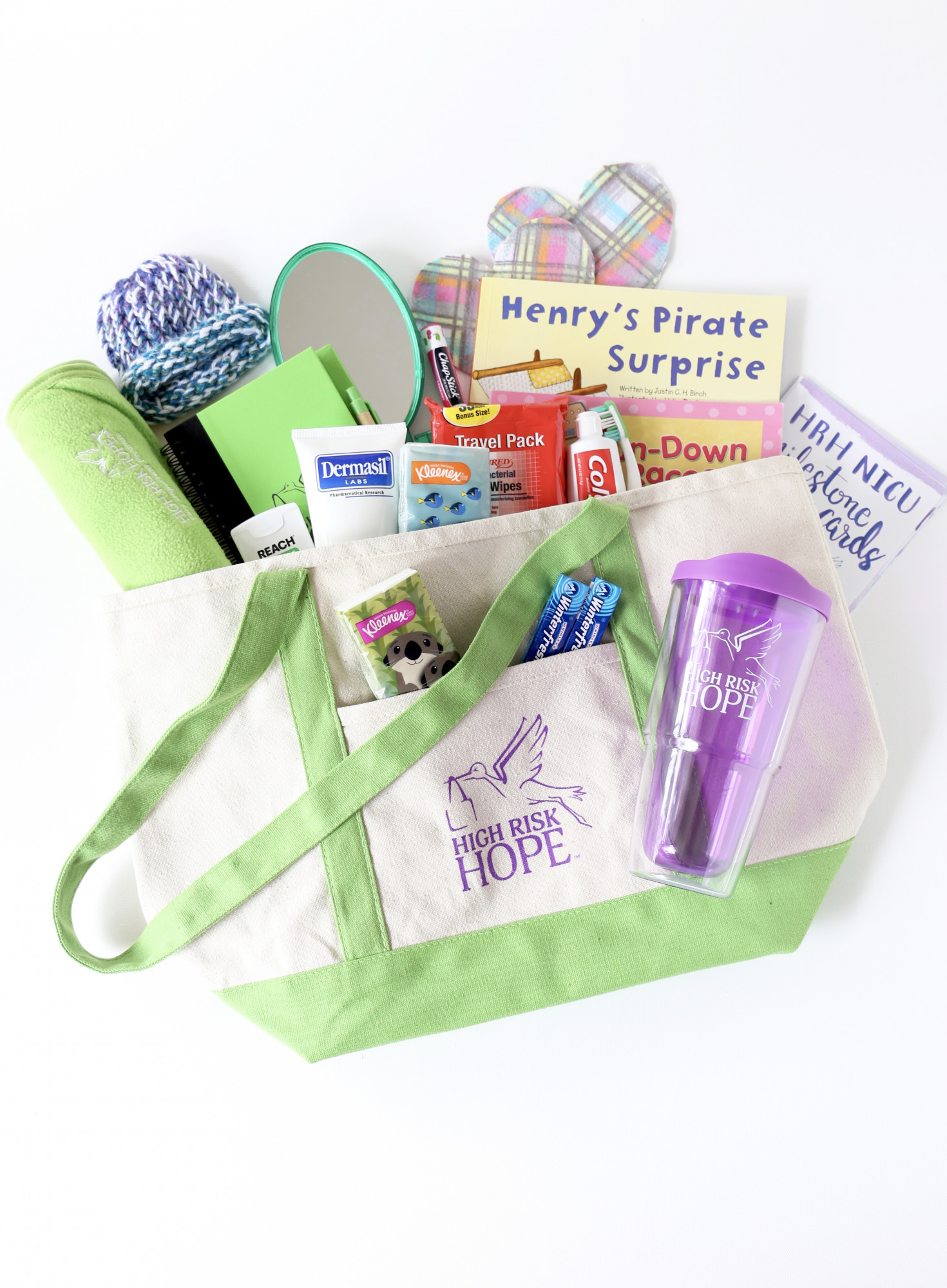 7 Thoughtful Gifts for Preemie Moms
