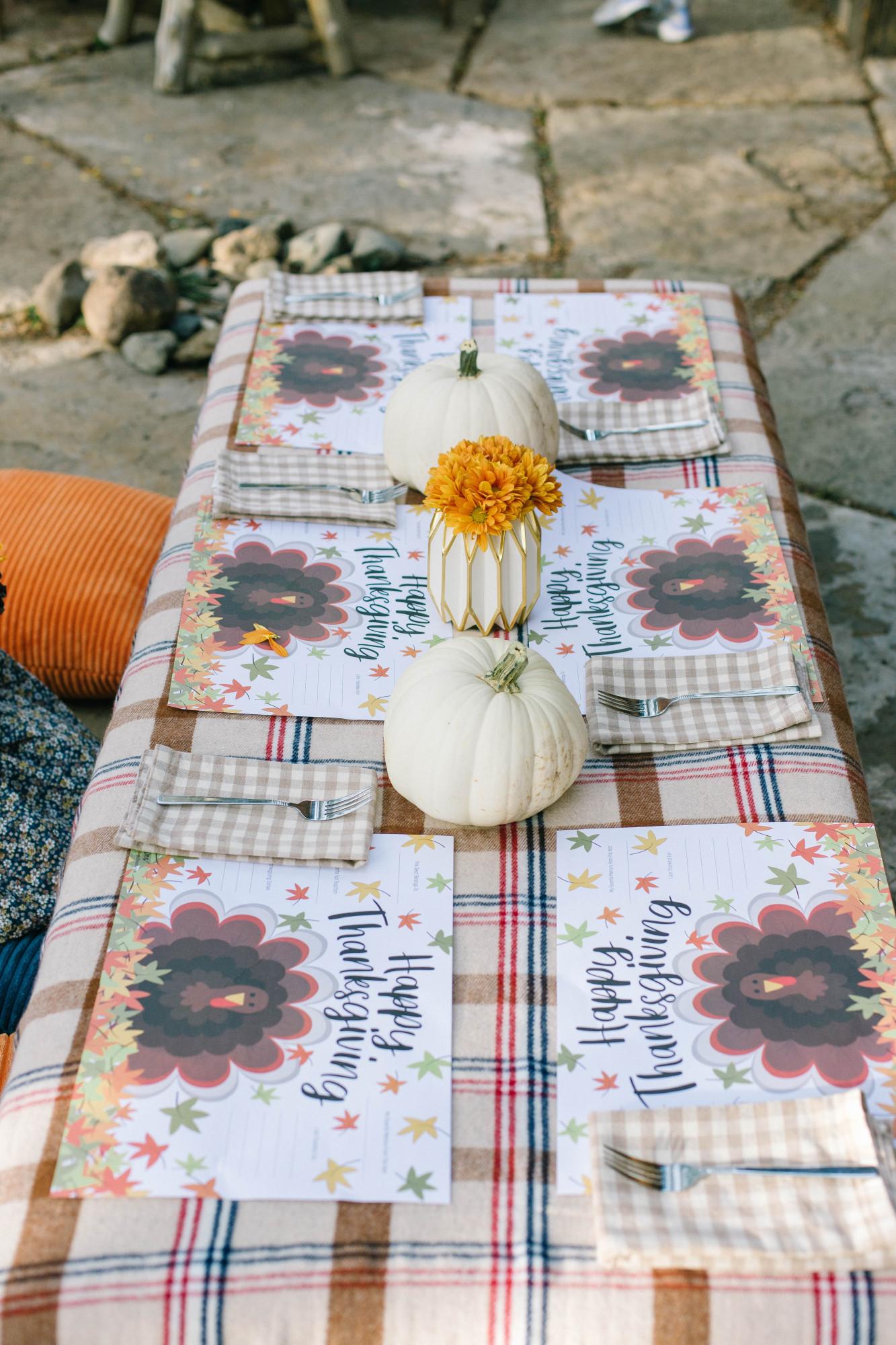 children's thanksgiving table